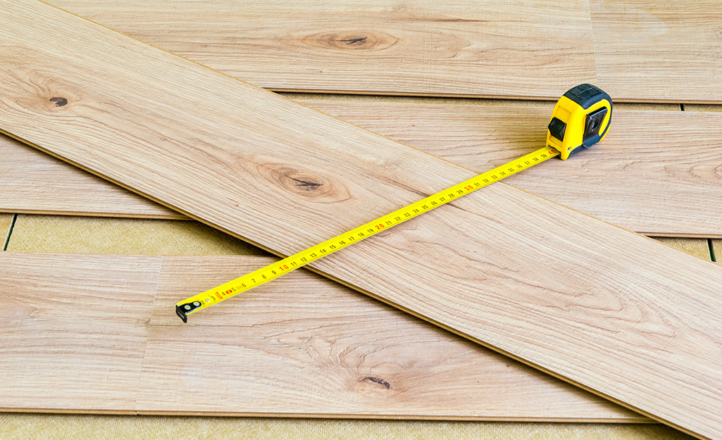 HOW TO INSTALL THE LAMINATE FLOOR