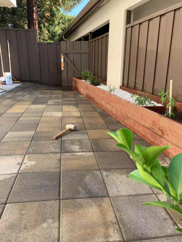 后院花装砖